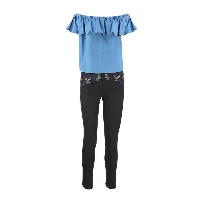 [66] El estilo de Claire – ruffle offshoulder denim top_embroidery skinny pants